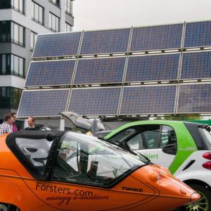 Teilnehmer der eTourEurope 2014: Laut ZSW waren Anfang 2015 mehr als 740.000 Elektroautos weltweit unterwegs