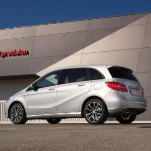 Mercedes-Rückrufe: Elektrik und die Rückbank-Verschraubung