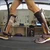 Antriebloses Exoskelett verringert Energieaufwand um sieben Prozent