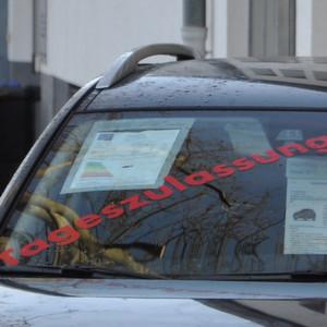 Eigenzulassungen April: Opel schiebt sich nach vorn