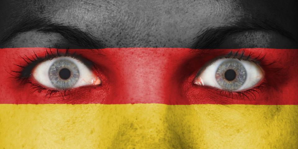 Die dem Deutschen nachgesagte typische Zögerlichkeit bei politischen oder gesellschaftlichen Themen, könnte einen der wichtigsten IT-Trends unserer Tage ausbremsen.