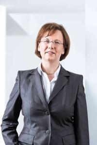 """Dr. Ursula Frank, Projektmanagement Forschung & Entwicklung bei Beckhoff: """"Impulse geben hier die Forschungsarbeiten im Rahmen des Spitzencluster it's OWL."""""""