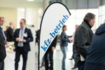 Die Fachzeitschrift »kfz-betrieb« veranstaltet die Würzburger Karosserie- und Schadenstage gemeinsam mit den Sponsoren Adelta, Automechanika, Carbon, DAT, Dekra und Standox.