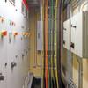 Schnelle und effiziente Verkabelung durch die Wand