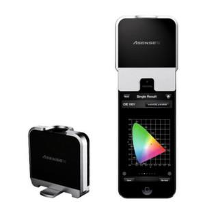 Das Messgerät: Mit LightingPassport von Asensetek lassen sich zusammen mit einem Smart-Device verschiedene Parameter für das Pflanzenwachstum ermitteln.