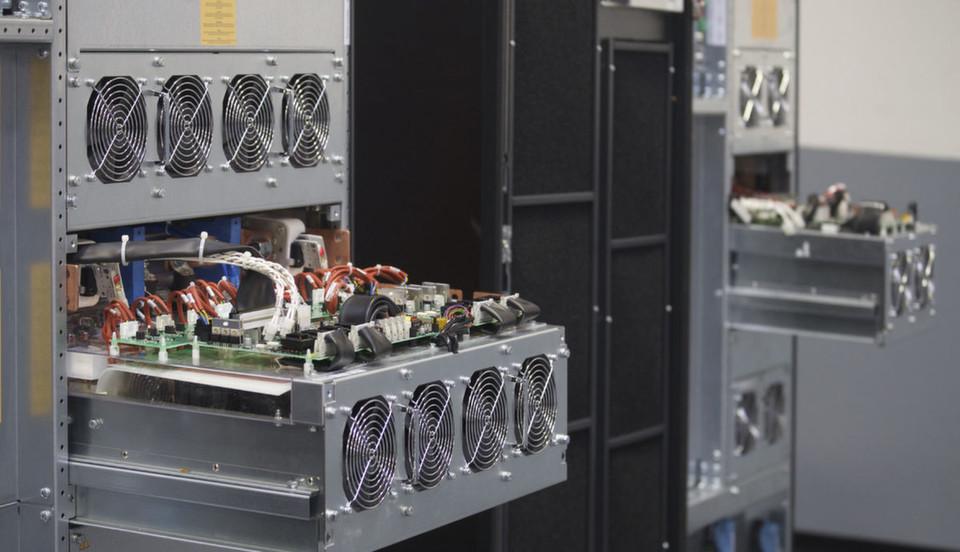 Die USV-Anlage Liebert 80-eXL ist die jüngste Generation der 80-NET USV-Serie und eignet sich für mittelgroße bis große Rechenzentren.