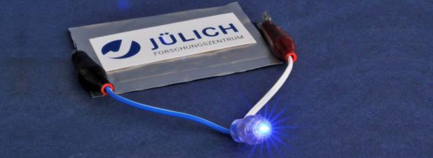 Feststoff-Lithium-Ionen-Akkus machen Hybrid- und E-Autos sicherer
