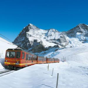 Jungfraubahnen kommunizieren über LTE- und WLAN-Netze
