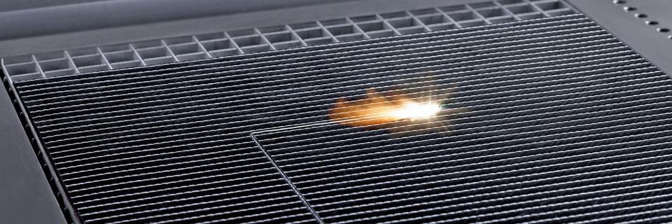 Laserschneiden etabliert sich bei der CFK-Bearbeitung