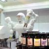 Dual-Arm-Roboter sorgt für individuelle Kosmetik-Produkte