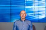 """Sichtlich stolz: """"Windows 10 ist der Leuchtturm für die Transformation von Microsoft"""", so Alexander Stüger, Vorsitzender der Geschäftsführung von Microsoft Deutschland, und weiter: """"Mit Windows 10 schaffen wir eine persönlichere Nutzererfahrung, definieren Produktivität neu und bauen weiter an der intelligenten Cloud."""""""