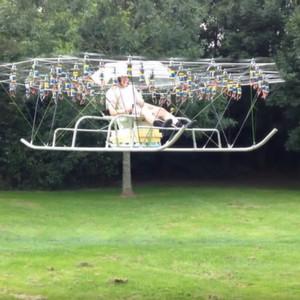 Personenflug mit 54 Drohnen-Propellern