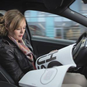 Autonomes Fahren: Deutsche vertrauen Autobauern eher als IT-Firmen