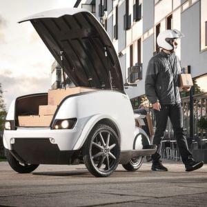 """Ein Ladevolumen von 750 l, 200 kg Tragkraft und eine Reichweite von bis zu 100 km zeichnen das E-Lieferfahrzeug """"Tripl"""" aus."""