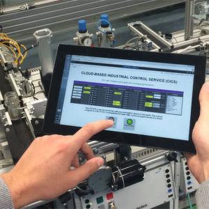 Digitalisierung in der Fertigung – ein Anwendungsfeld des Internets der Dinge: Das Fraunhofer ESK forscht mit Partnern im Bereich industrielle Vernetzung. Ein Beispiel ist das Projekt CICS, bei dem die Produktionssteuerung in der Cloud im Mittelpunkt steht.