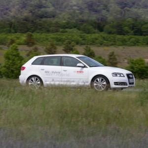 Bosch präsentiert das 48-Volt-Hybridsystem der 2. Generation