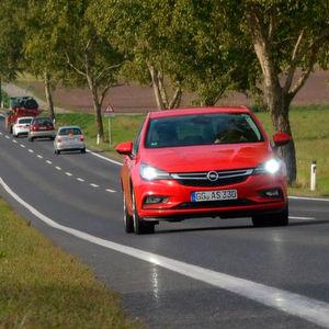 Opel Astra K: Kerniges Kampagnenfeuerwerk