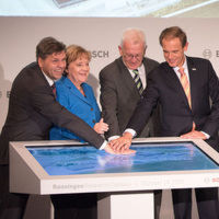 """Bosch eröffnet Forschungscampus mit """"Google-Spirit"""""""
