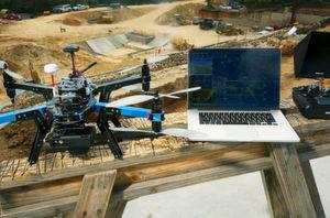 Für den industriellen Einsatz von Drohnen gibt es bereits erste Ausnahmegenehmigungen, auch hierzulande.