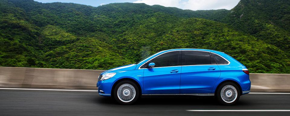 Die chinesische Regierung will im Rahmen des aktuellen Fünfjahresplans bis zum Jahr 2020 fünf Millionen Elektrofahrzeuge auf die Straßen bringen.