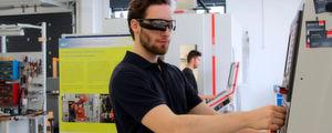 Der Arbeitsplatz in der Fabrik der Zukunft