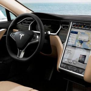 Tesla verteidigt Beta-Version des Autopiloten