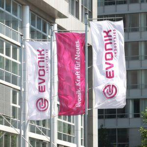 Mit dem Bau der Spezial-Copolyester Anlage in Witten will Evonik seine Position als Lösungspartner für die Lack- und Verpackungsindustrie stärken.