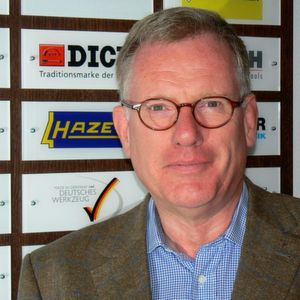 Rainer Langelüddecke ist als Verbandsgeschäftsführer in der Werkzeugindustrie nun auch für die Pinsel- und Bürstenindustrie tätig.