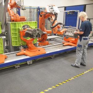 Bei Thyssen-Krupp System Engineering werden die Ansätze von MRK und Industrie 4.0 beispielsweise in der Montage genutzt.