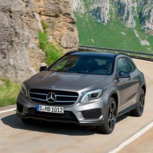 Das Kompakt-SUV Mercedes GLA vereinigt die wesentlichen Erfolgsfaktoren von Daimler auf sich.