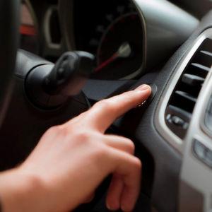 Autos, die sich schlüssellos öffnen oder starten lassen, bergen ein höheres Diebstahlrisiko.