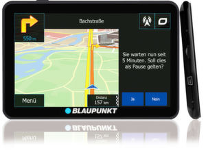 Der trendgerecht designte TravelPilot 74 verfügt über Freisprechoption via Bluetooth sowie die Möglichkeit zur 3D-Ansicht von Gebäuden und Landschaften.