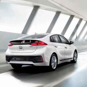Hyundai Ioniq: Angriff auf den Toyota Prius
