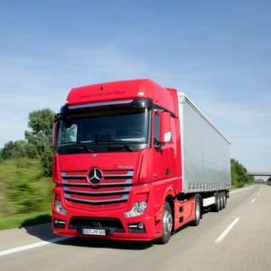 Könnten bald wieder das Straßenbild im Iran mitprägen: Lkw aus dem Hause Daimler.