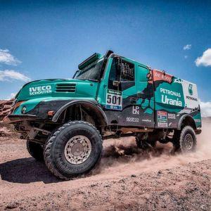 Das Team von de Rooy hat Mitte Januar das Lkw-Rennen von Dakar auf Standard-Offroad-(ORD-)Reifen von Goodyear gewonnen.
