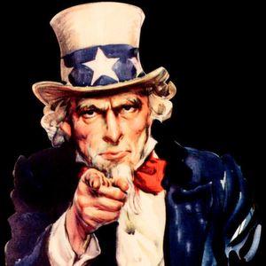 Uncle Sam ist watching you: Wer ab Februar 2016 weiterhin Daten auf Basis von Safe Harbor übermittelt, dem droht ein Bußgeld von bis zu 300.000 Euro.