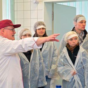 Die Logistik in und um ein Krankenhaus, hier im Universitätskilinikum Carl Gustav Carus Dresden, muss täglich rund um die Uhr reibungslos funktionieren.