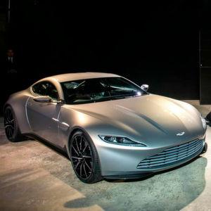 Im Dienste ihrer Majestät: Aston Martin DB10.
