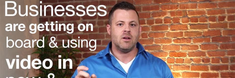Ustream-Gründer Brad Hunstable erklärt auf YouTube warum Video den Unterschied macht – und setzt dabei auf das geschriebene Wort.
