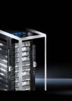 Um die im Rack verbauten Server und Netzwerkkomponenten mit Energie zu versorgen, verwenden IT-Experten so genannte intelligente Power Distribution Units (PDUs).