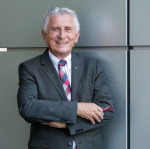 Prof. Dr.-Ing. Jürgen Brauckmann wurde zum 1. Januar 2016 als neuer Executive Vice President Mobility ernannt.