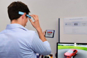 Es muss nicht immer die smarte Brille sein. Die Redaktion der elektrotechnik sucht die besten Usability-Anwendungen aus der Industrie.