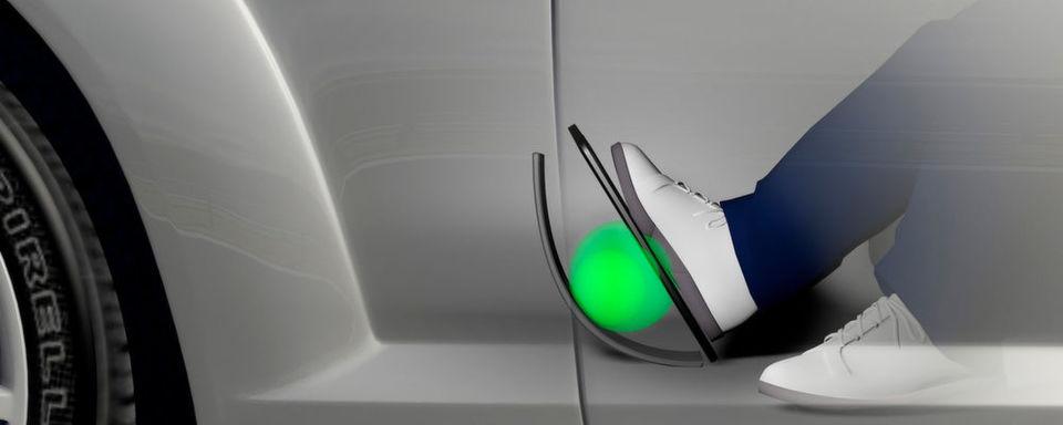 Bosch hat ein aktives Fahrpedal entwickelt, das dem Fahrer haptische Rückmeldung zu seinem Fahrstil gibt. Außerdem kann es weitere Funktionen übernehmen.