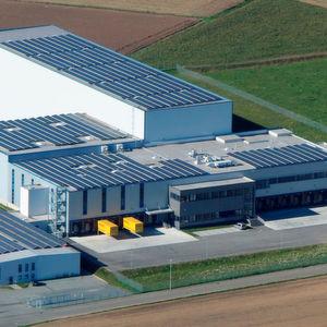 Aus dem ATP-Logistikzentrum können bis zu 10.000 Pakete am Tag ausgeliefert werden.