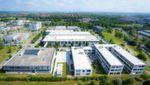 Kontron-Campus: Kontron gründet 2014 seine weltweite Zentrale in Augsburg und verlagert die Niederlassungen Eching, Kaufbeuren, Roding und Ulm nach Augsburg und Deggendorf.