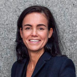 Yvonne van der Laan folgt Bas Hennissen als Direktorin Industrie beim Hafenbetrieb Rotterdam.