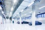 Im Vorkonditionierbereich können bis zu 26 Fahrzeuge auf die richtige Temperatur für die Tests gebracht werden.