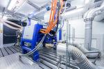 Die Motorenprüfstände hat AVL in Graz in Containern vormontiert und dann komplett nach Bietigheim-Bissingen transportiert und dort installiert.