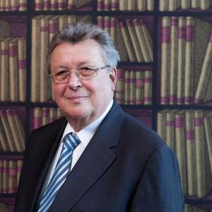 """""""Die Politik hat geliefert, jetzt sind Industrie und Banken gefordert"""", kommentiert VDMA-Präsident Dr. Reinhold Festge die Aufhebung der Sanktionen im Iran."""