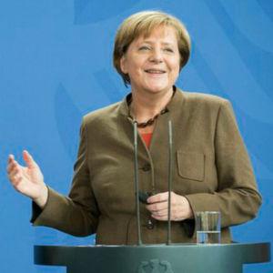 Bundeskanzlerin Angela Merkel kämpft um die duale Berufs- und Meisterausbildung.